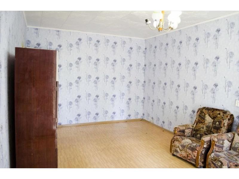 Продам квартиру тельмана